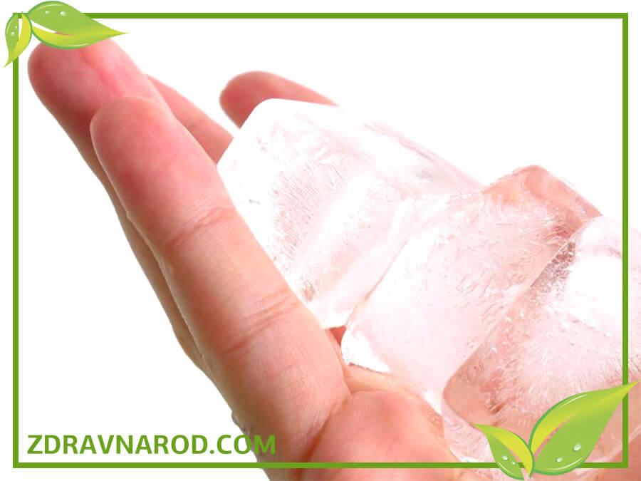 Лёд при обморожении-фото