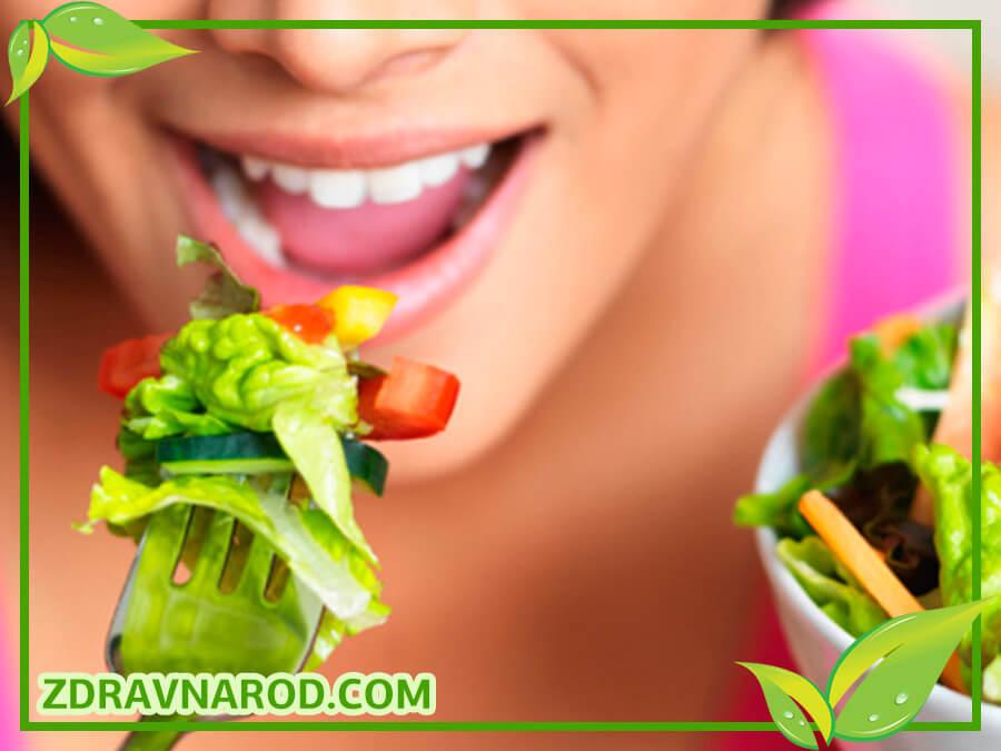 Пережёвывание здоровой пищи